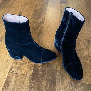 Dries van Noten Black Velvet Chelsea Boots 38